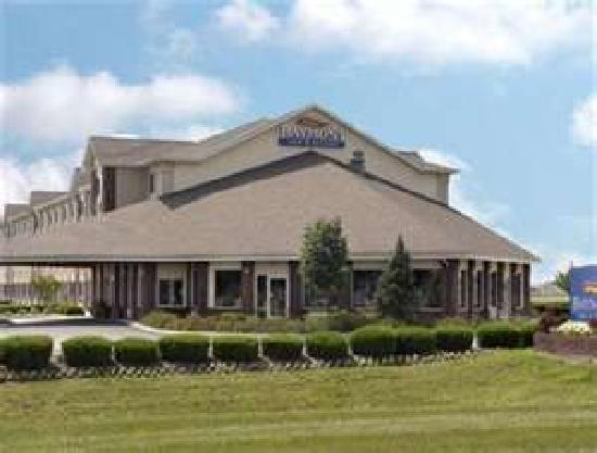 Baymont Inn and Suites Columbus at Rickenbacker: Hotel