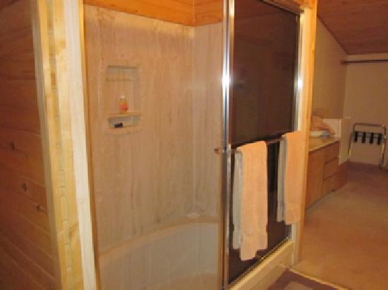 Cumbres Suites: sunken bathtub in room 3