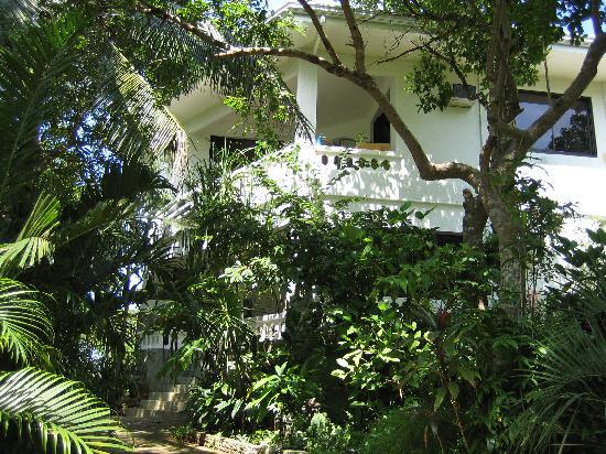 Argonauta Boracay: Villa Aussenansicht