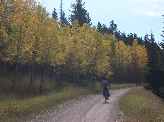 George S. Mickelson State Trail : autumn colors