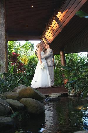 Outrigger Fiji Beach Resort: Wedding