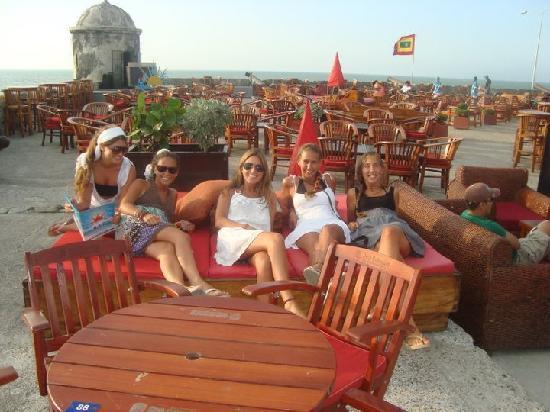 Walled City of Cartagena: Café del Mar para la puesta de sol