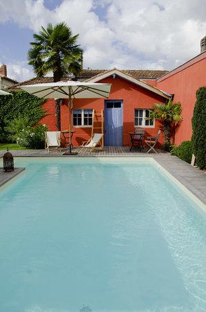 Begles, France: vue de jardin