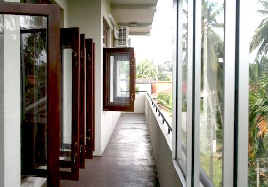 Blue Gum Hotel : Balcony area