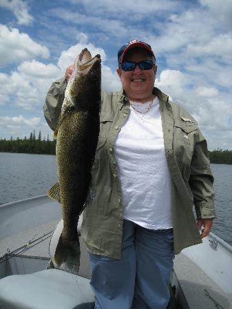 Garden Island Lodge: My Wife caught a big one