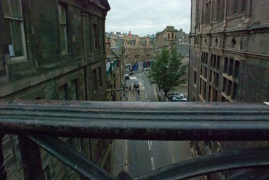 George IV Bridge: Looking over the rail of the bridge