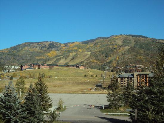 Wyndham Vacation Resorts Steamboat Springs: View of mtn and gondola