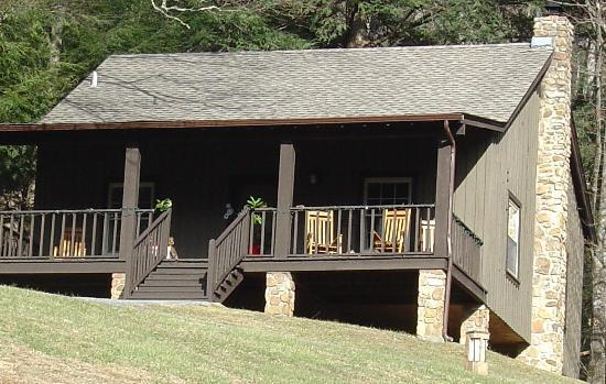 Roan Mountain, TN: Cabin at Roan Mtn State Park