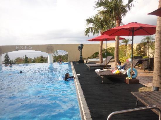 Okinawa Spa Resort EXES: 宿泊者専用室外プール