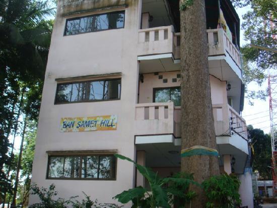 Ban Samet Hill