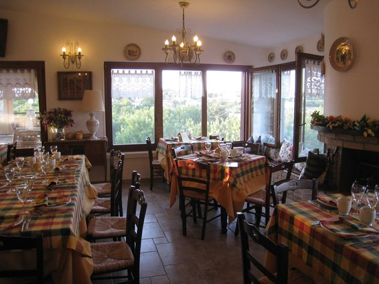 Ristorante Agriturismo Salinola: Salinola - agritourism in apulia Italy Ostuni Tel. 0831330683www.agriturismosalinola.com
