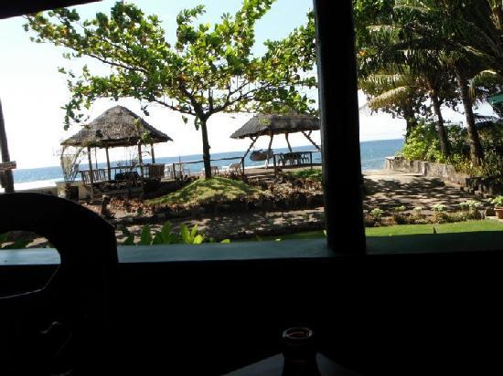 Secret Cove Beach Resort: View from the Bar....