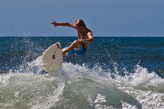 La Concha Beach : Donostìa Surfing