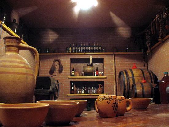Georgian House: Wine cellar