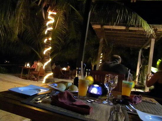 Village du Pecheur: La cena