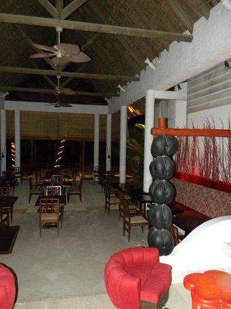 Village du Pecheur: Sala colazioni e ristorante