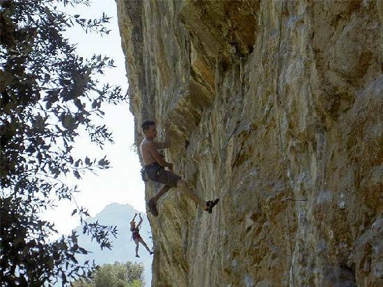Agritur la Cort: free climbing