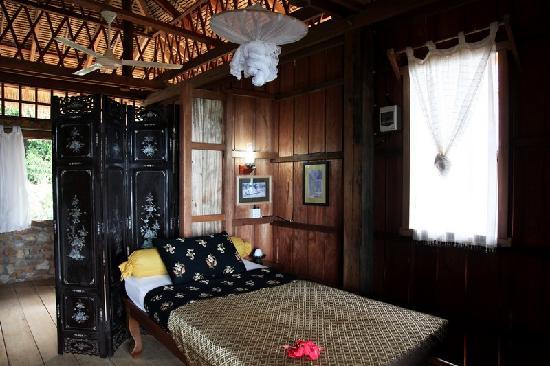 Le Bout du Monde - Khmer Lodge: Family Khmer House SAMBO II