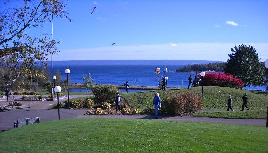 Baddeck, Canada : The Setting is Perfect!