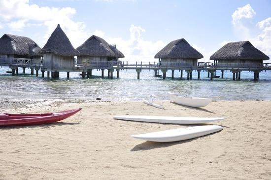 Sofitel Bora Bora Marara Beach Resort: the paddle boats and snorkle gear made a great time