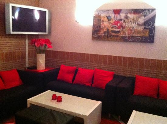 Santorini Restaurant: lounge area
