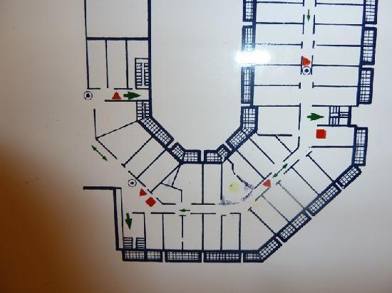 """Aqua Hotel Aquamarina : Zimmerplan (unser Zimmer mit gelbem Punkt (restliche Zimmer sind alles """"normale Zimmer"""""""