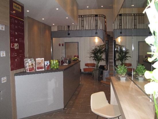 Hôtel balladins Lille : Réception