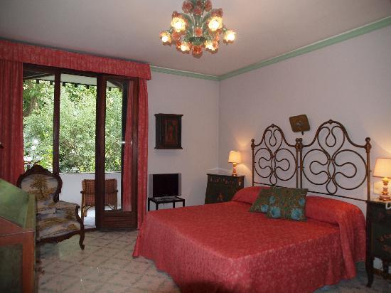 Quattro Fontane Hotel: CAMERA MATRIMONIALE SUPERIOR