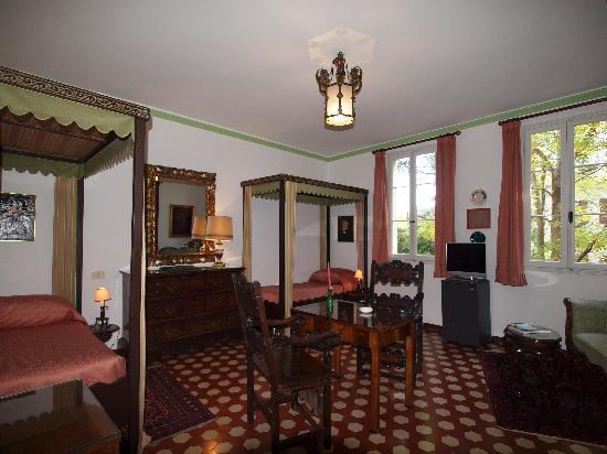 Quattro Fontane Hotel: CAMERA A DUE LETTI