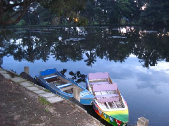 Amandari Cove: boating