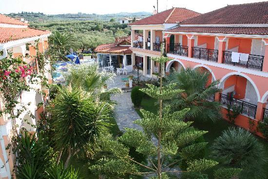 "Oniro ""The Dream"" Studios: gardens from our balcony"