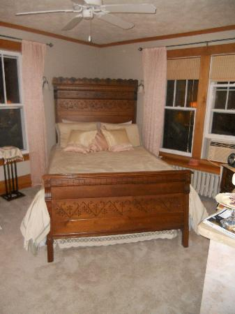 Summit Inn Bed & Breakfast: Dr. Gunz's study