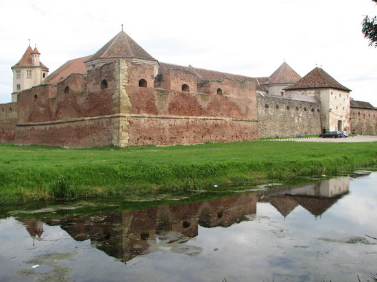Fagaras Fortress: South-west view