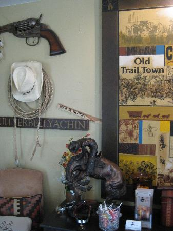 Old Ranch Inn: lobby