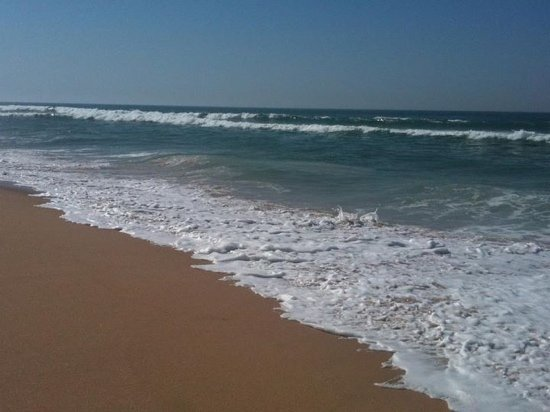 Areia Branca, Portugal: beautiful beach