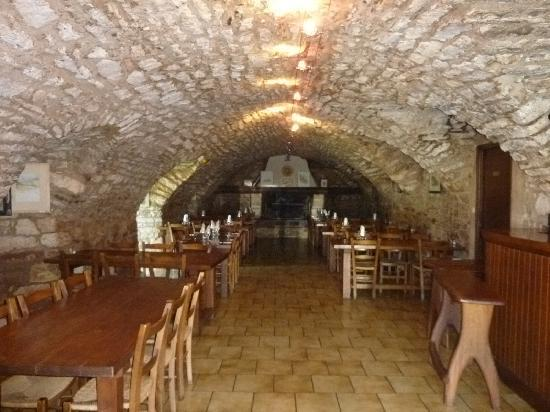 Auberge du Chanet : restaurant (dinner and brakfast are served in here