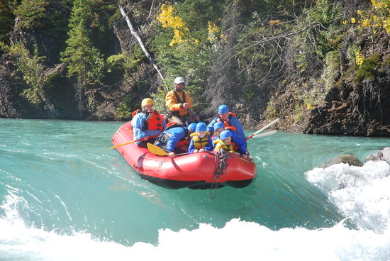 ‪Canadian Rockies Rafting‬