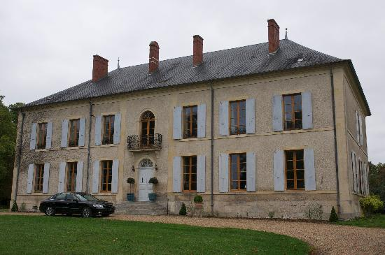 Chateau Charly: Rear entrance