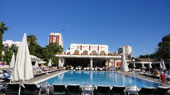 Club Hotel Sera: Une des piscines