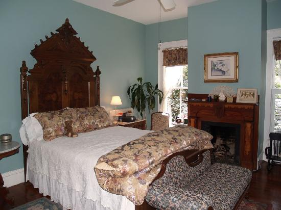 The Magnolia Plantation Bed and Breakfast Inn: The Magnolia Room.  One of the Rooms inside the Mansion