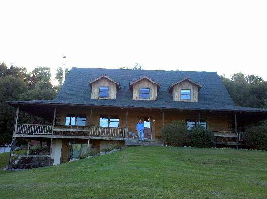 Mountain Horse Farm B&B and Wellness Retreat: My Finance Standing on the Wrap around Pourch