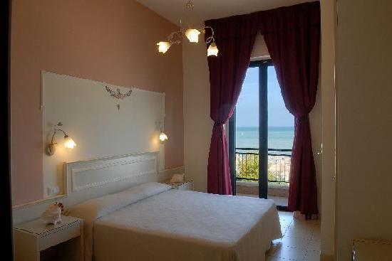 Hotel Cirillo: Camera Stella Marina