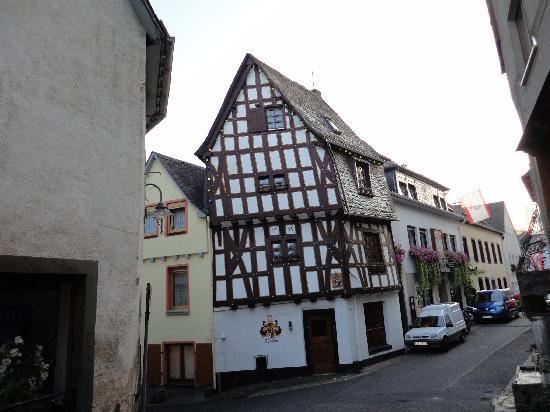 Klotten, Tyskland: Nice old wine village
