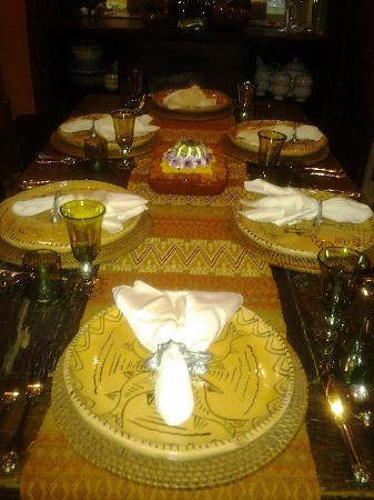 Casa Venezuela: Time for breakfast/ stunning table settings