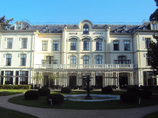 Villa Ruimzicht: historical building