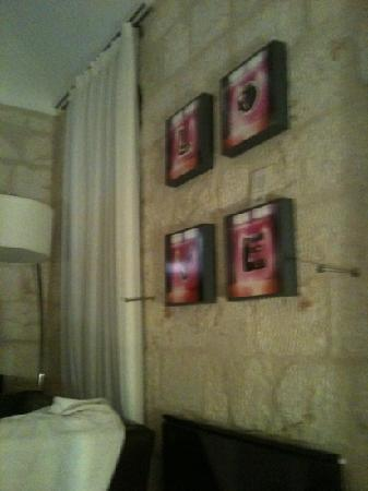 Alegra - Boutique Hotel: local artist