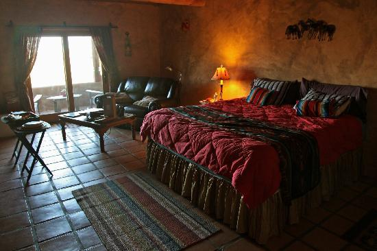 Wild Coyote Estate Winery Bed & Breakfast: Our Casita
