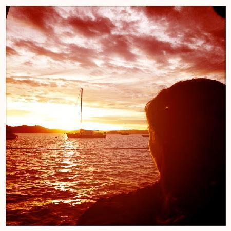 Te Vaka Day Sail: glorious sunset