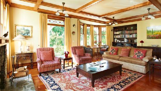Glen Aros Country Estate: Glen Aros lounge