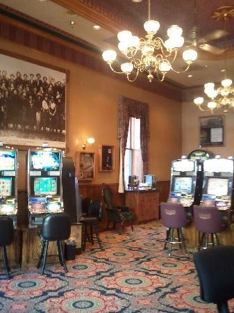 Bullock Hotel: Casino downstairs